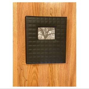 Target raised design black photo album